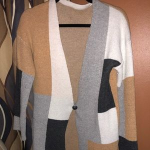 NWOT Trendy Cardigan in a large